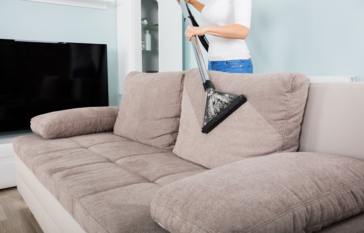 4 Smart Tips for You to Select the Right Residential Cleaning Services